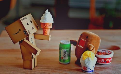 ice cream, please :[]